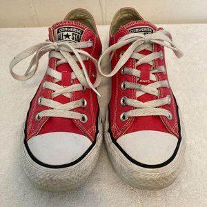 Converse Size 8 Pink AllStar Chuck Taylor Sneakers